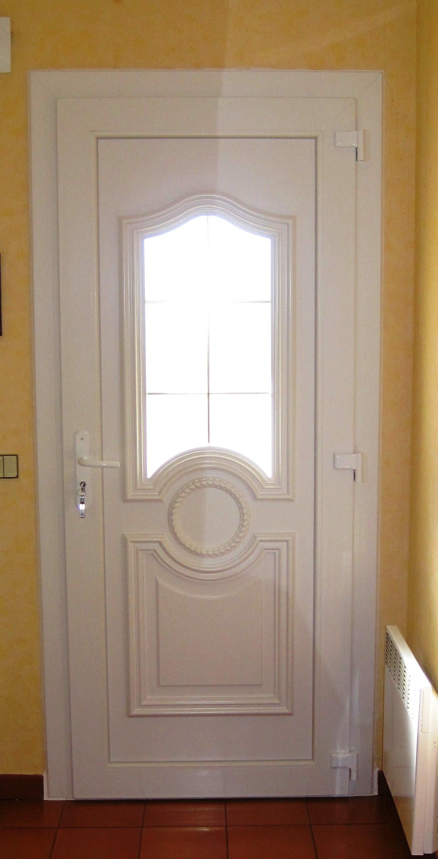 Fabrication Sur Mesure De Porte D 39 Entr E Classique En Pvc Sur Istres