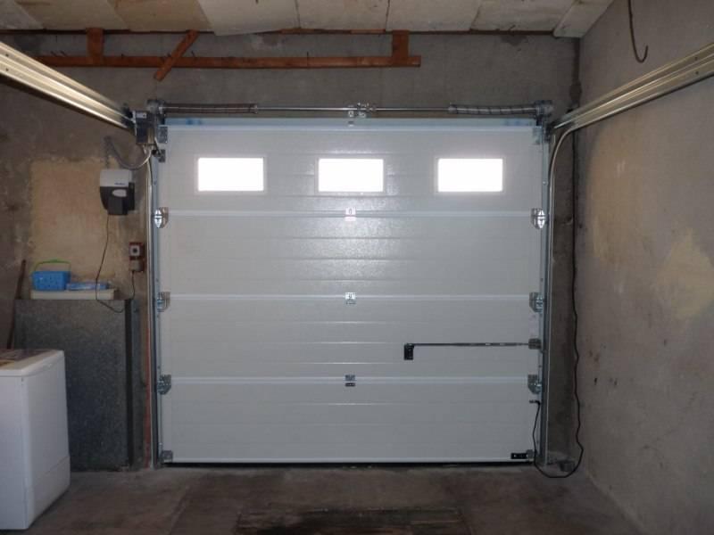 Porte de garage sectionnelle sur lancon de provence - Entretien porte de garage sectionnelle ...