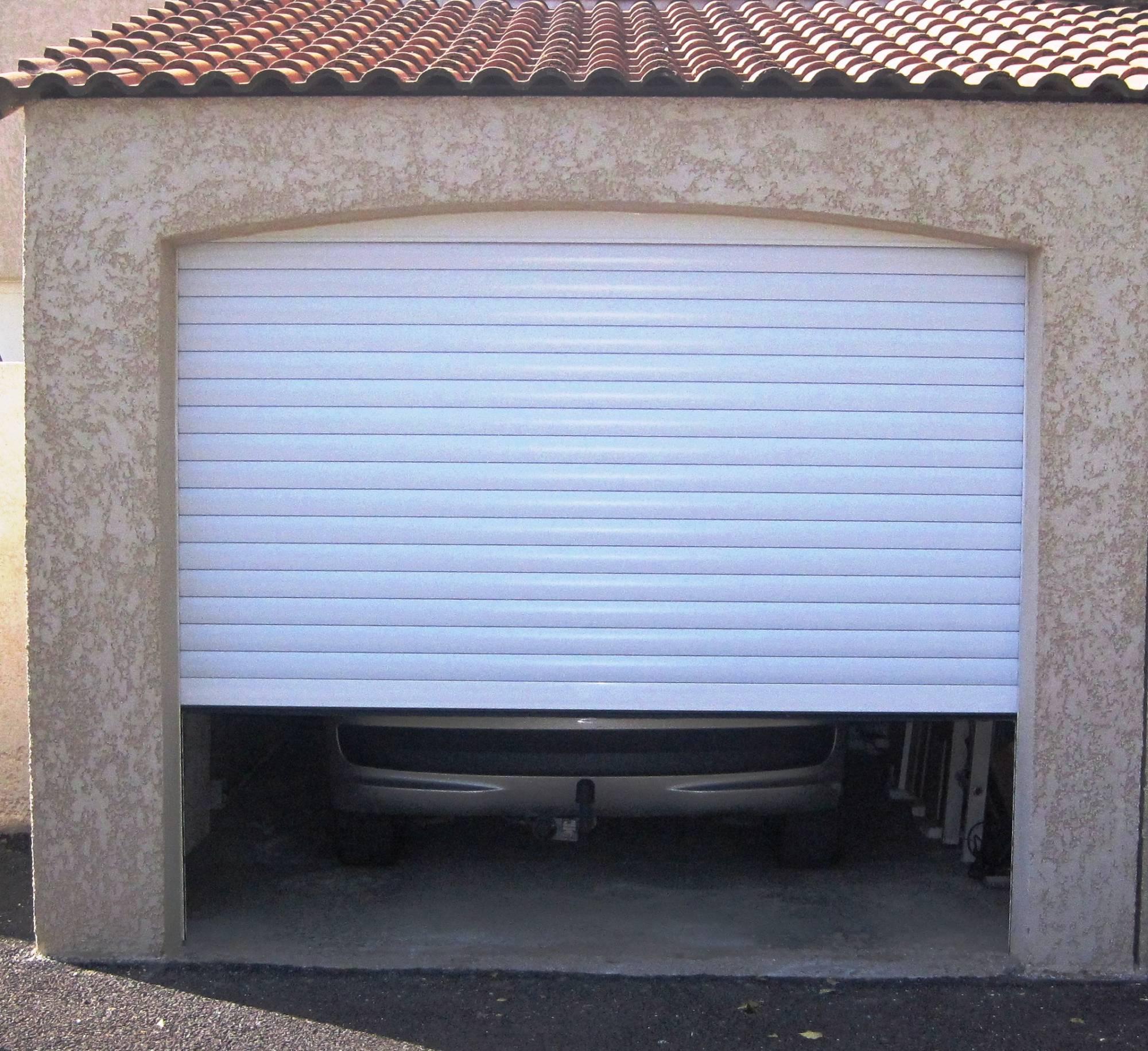 Portes de garage enroulable en aluminium sur istres - Porte de garage enroulable aluminium ...