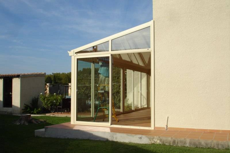 v randa en aluminium avec toiture isolante sur s nas. Black Bedroom Furniture Sets. Home Design Ideas